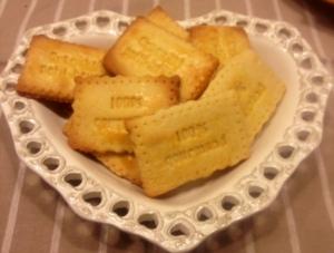 Biscotti croccanti al latte condensato